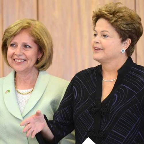 A embaixadora dos EUA no Brasil, Liliana Ayalde, apresentou hoje suas credenciais à presidente do Brasil Dilma Rousseff. via US Embassy/FB