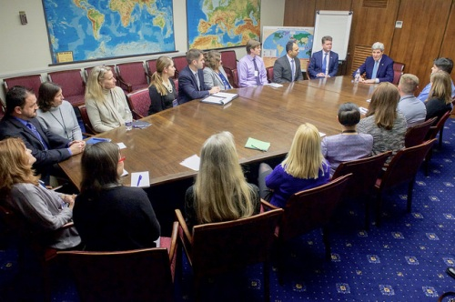 Secretary Kerry Meets With First- and Second-Tour State Department Employees During Visit to Embassy London U.S. Secretary of State John Kerry, joined by U.S. Ambassador to the United Kingdom Matthew Barzun, meets with State Department employees on their first and second tours abroad during a visit to the U.S. Embassy in London, U.K., on December 14, 2015. [State Department Photo/Public Domain]