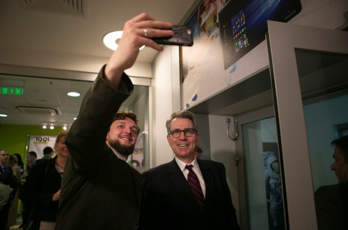 "Ambassador Pyatt at ""Demo Day"" at the 1991 Open Data Incubator, April 8, 2016. Via US Embassy Kyiv/FB"